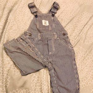 Carters black / white overalls